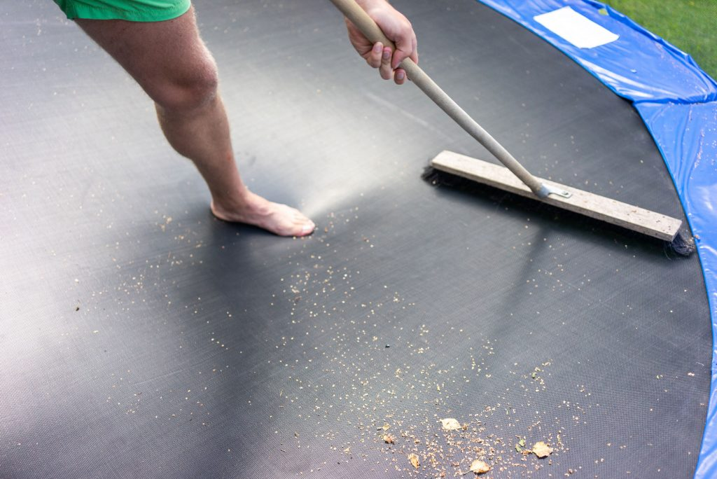 Trampoline Cleaning